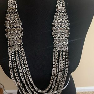 Gorgeous necklace never worn